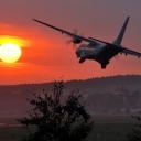CASA C-295M podchodząca do pasa EPKK