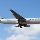 Boeing B-767-300 Izraelskich Linii Lotniczych ElAl nr. rej. 4X-EAK na sciezce znizania RWY33.b.