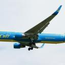 Boeing B-767-300ER Ukrainskich Linii Lotniczych AEROSVIT nr. rej. UR-AAH na sciezce znizania RWY33.a.