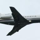 Dassault Falcon 900EX Airfix Aviation nr. rej. OH-FFC na sciezce znizania RWY11.