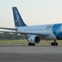 Airbus A-310 Sata Airlines nr. rej. CS-TKN na stojance nr.46P.