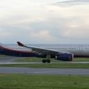 Airbus A-330-300 Aeroflot nr. rej. VQ-BCV o nazwie ,,Borys Pasternak,, na pasie startowym RWY29.