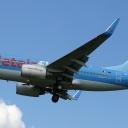 Boeing B-737-700 Jetair nr. rej. OO-JAS na sciezce znizania RWY33.