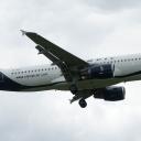 Airbus A-319 Olympic Airlines nr. rej. SX-OAT na sciezce znizania RWY33.