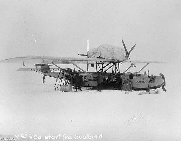 Roald_Amundsen_and_Dornier