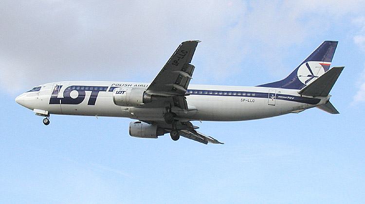 Lot B737 sp-llc